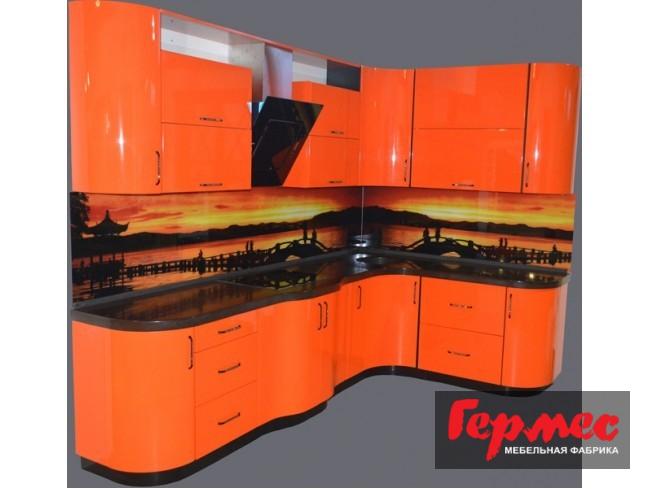 кухня окрашенная в оранжевый цвет