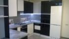 Кухни с фасадами ДСП Egger с черными вставками